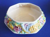 Lovely Clarice Cliff Newport Pottery 'Bird and Flower' Fruit Bowl c1937
